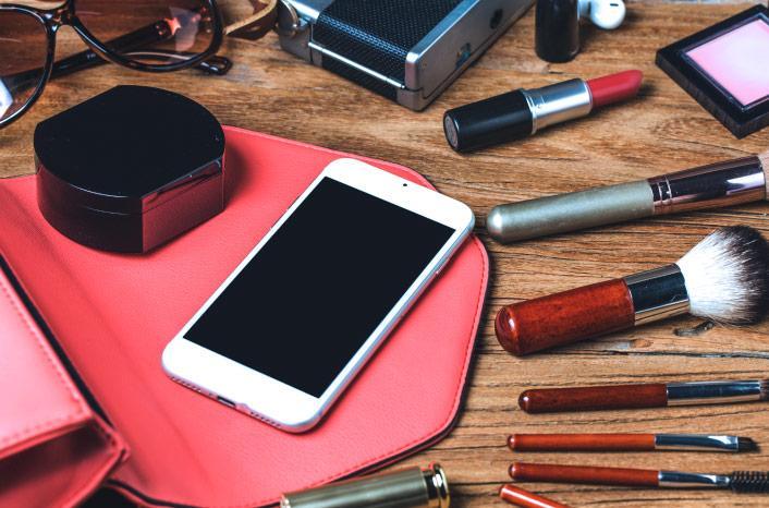 Como atrair mais clientes para meu salão de beleza? Com o SMS, é claro!